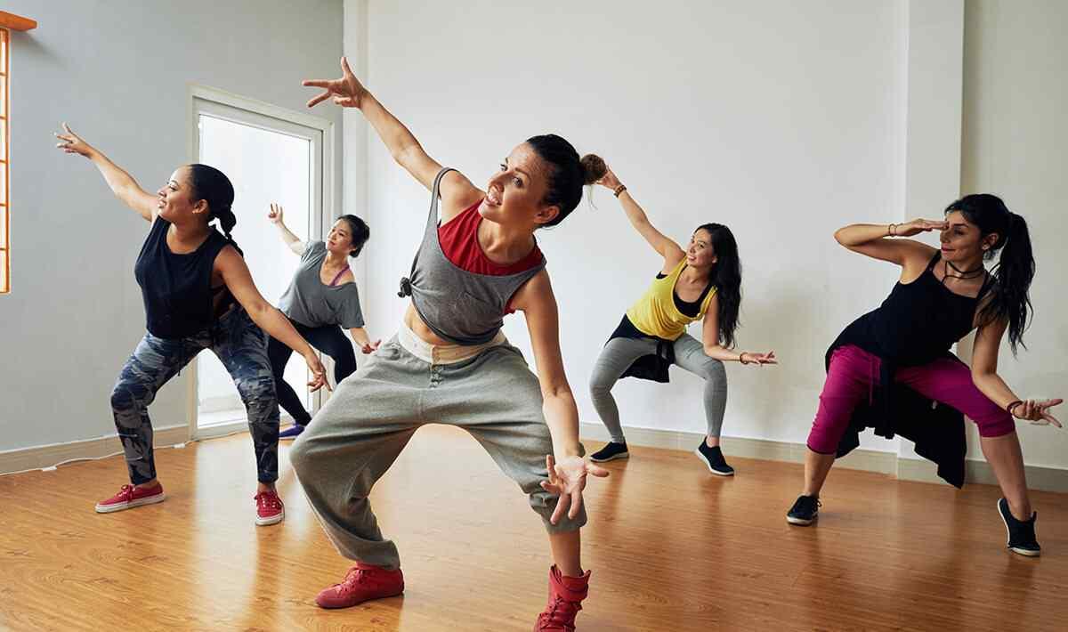 https://www.musikschule-heiligenhaus.de/wp-content/uploads/2019/04/inner_image_dance_02.jpg