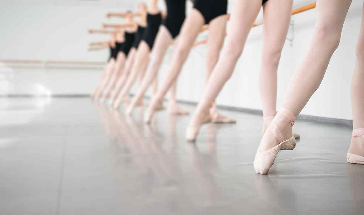 https://www.musikschule-heiligenhaus.de/wp-content/uploads/2019/04/inner_image_dance_04.jpg
